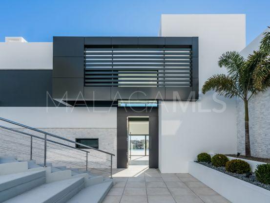 Comprar villa con 4 dormitorios en Capanes Sur, Benahavis | Benarroch Real Estate
