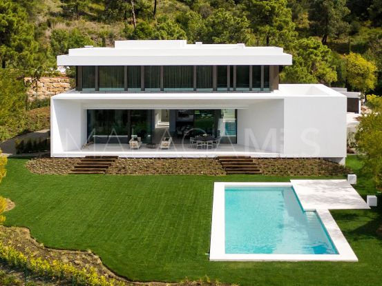 Villa for sale in El Bosque, Benahavis | Benarroch Real Estate