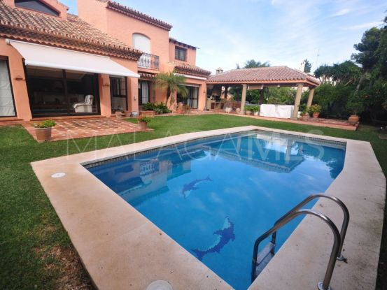 Buy villa in Paraiso Barronal, Estepona   Benarroch Real Estate