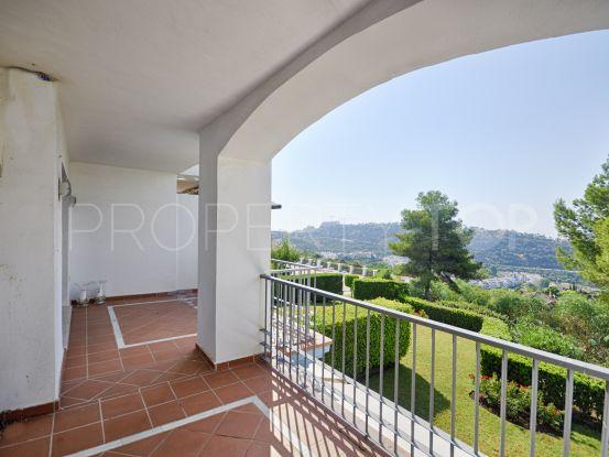 Apartment in Los Arqueros, Benahavis | Benarroch Real Estate
