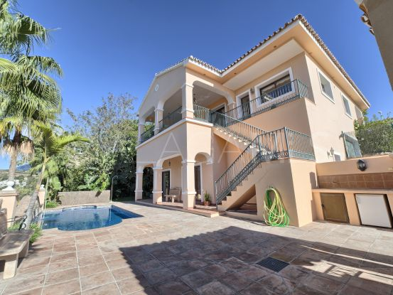 For sale villa in La Alqueria with 4 bedrooms | Benarroch Real Estate
