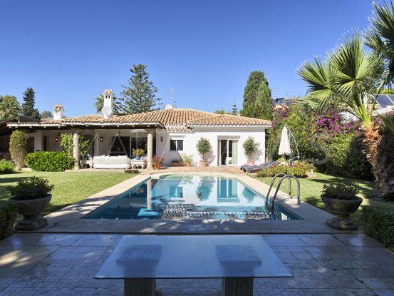 Villa for sale in Paraiso Barronal with 3 bedrooms   Benarroch Real Estate