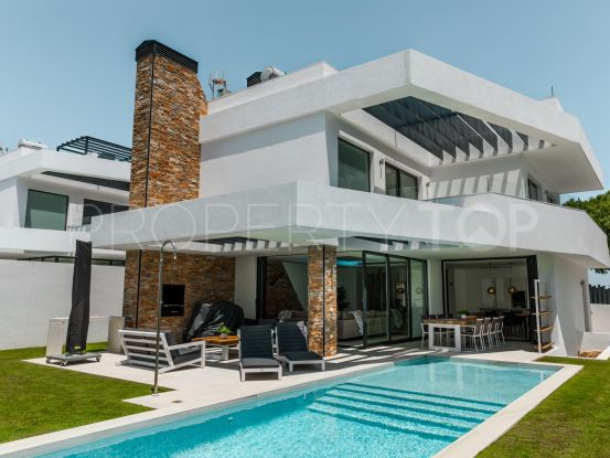 For sale 4 bedrooms villa in Linda Vista Baja, San Pedro de Alcantara | Nvoga Marbella Realty