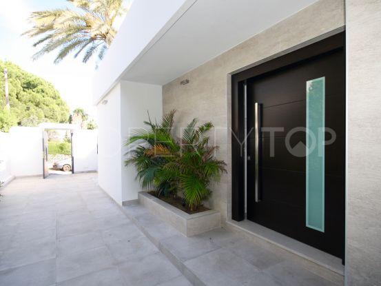 For sale villa in Nueva Andalucia with 4 bedrooms | Nvoga Marbella Realty
