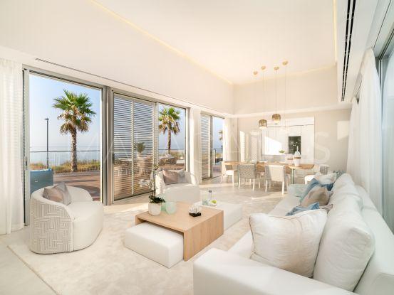 Villa con 4 dormitorios a la venta en Estepona Playa | Nvoga Marbella Realty