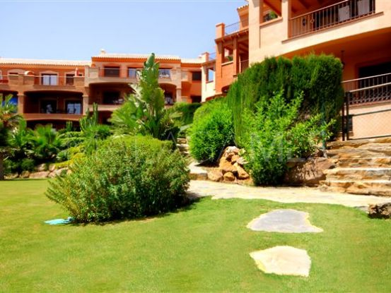 For sale ground floor apartment with 3 bedrooms in Puerto La Duquesa, Manilva | Vasari Properties