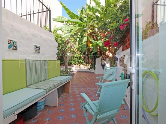 Town house for sale in Casco antiguo with 2 bedrooms | Lamar Properties