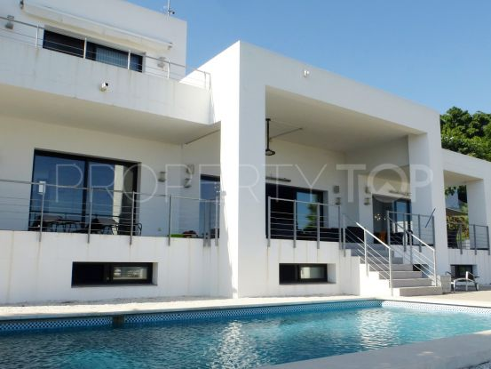 Buy villa with 5 bedrooms in Puerto del Capitan, Benahavis | Marbella Unique Properties