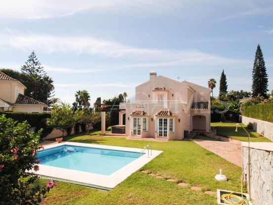 4 bedrooms villa in Cumbres de Elviria, Marbella East | Cosmopolitan Properties