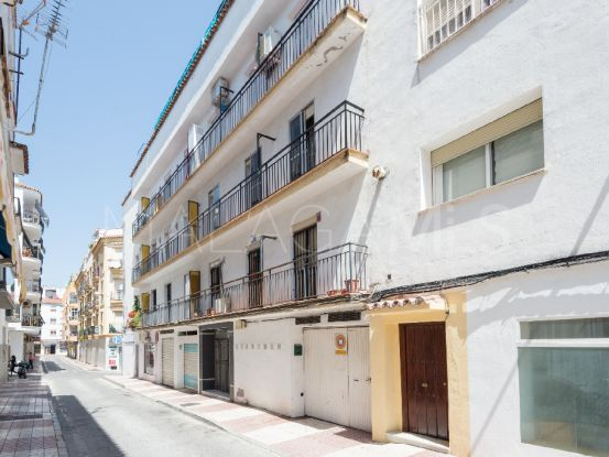 Apartment for sale in San Pedro de Alcantara with 3 bedrooms | Cosmopolitan Properties