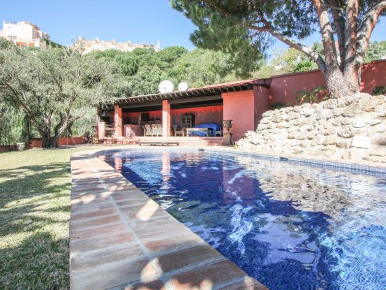 Villa for sale in Elviria | Cosmopolitan Properties
