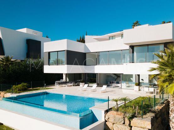 Comprar villa pareada en Las lomas del Conde Luque de 5 dormitorios   Cosmopolitan Properties
