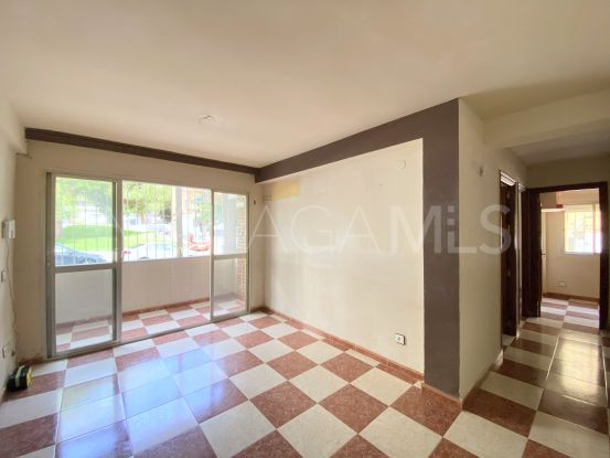 Buy ground floor apartment with 3 bedrooms in Barrio de Ciudad Jardín, Malaga - Ciudad Jardín | Cosmopolitan Properties
