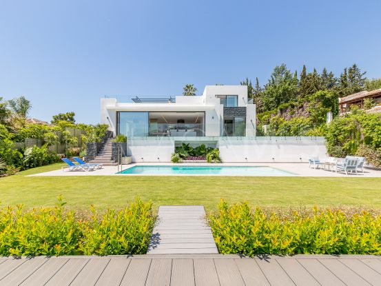 For sale villa in Sierra Blanca, Marbella Golden Mile | Cosmopolitan Properties