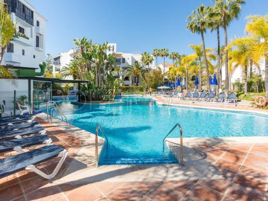 For sale apartment with 2 bedrooms in Jardines de las Golondrinas, Marbella East | Cosmopolitan Properties