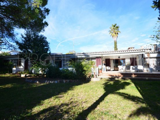 House with 5 bedrooms in Benalmadena Costa | Cosmopolitan Properties