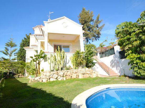 Villa en venta en La Alqueria, Benahavis   Cosmopolitan Properties