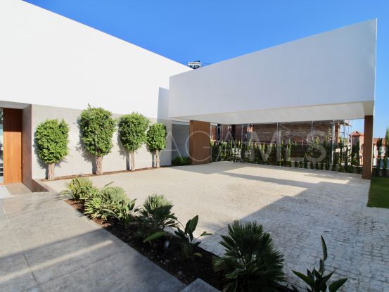 Los Flamingos villa with 5 bedrooms | Cosmopolitan Properties