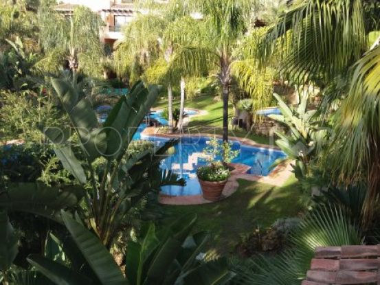Penthouse with 3 bedrooms for sale in El Campanario, Estepona | Inmobiliaria Luz