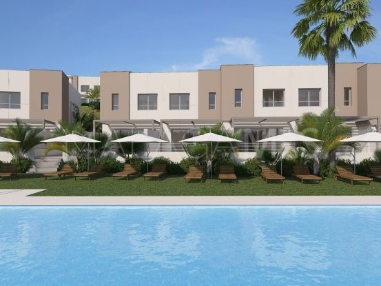 3 bedrooms Estepona Golf town house | Inmobiliaria Luz