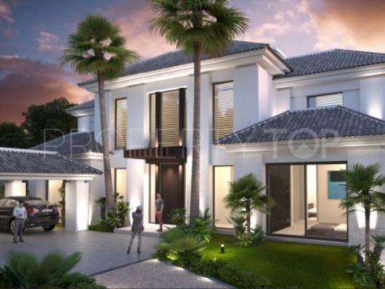 Villa de 5 dormitorios en venta en La Alqueria, Benahavis | Inmobiliaria Luz