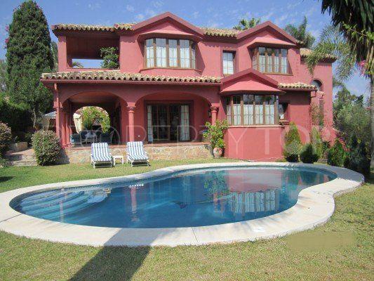 For sale Guadalmina Alta 5 bedrooms villa | Inmobiliaria Luz