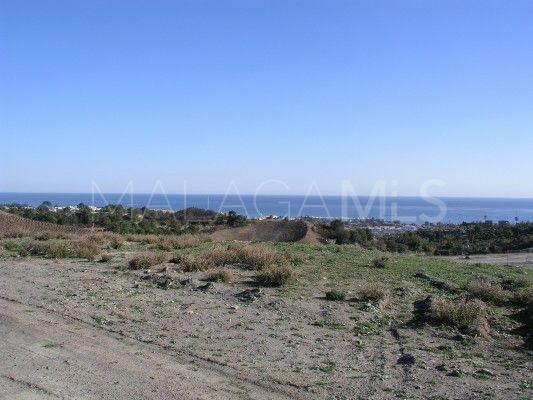 Plot for sale in New Golden Mile, Estepona | Inmobiliaria Luz