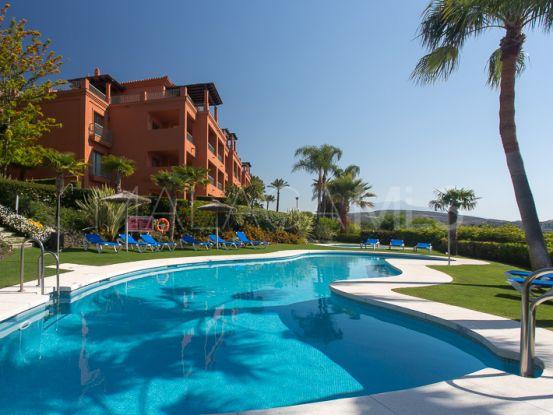 Comprar apartamento planta baja de 2 dormitorios en Royal Flamingos, Benahavis | Inmobiliaria Luz