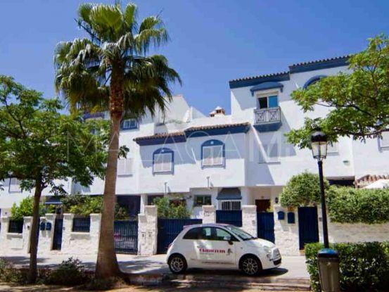 San Pedro de Alcantara 5 bedrooms town house | Inmobiliaria Luz