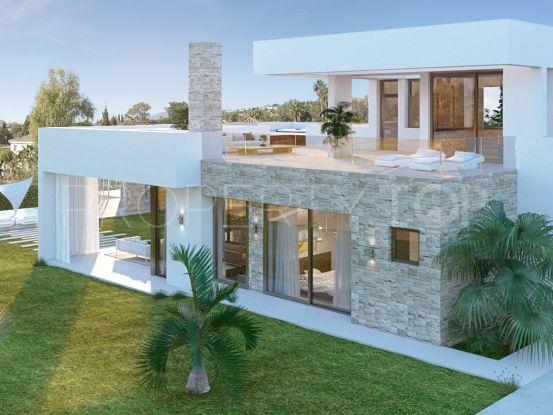Villa en venta con 5 dormitorios en Nueva Andalucia, Marbella | Inmobiliaria Luz