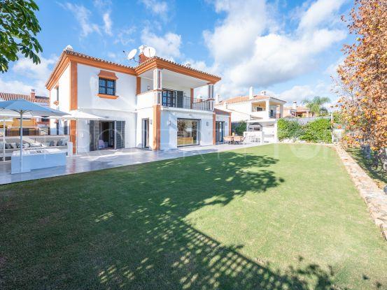 Villa in Guadalmina Alta with 4 bedrooms   Inmobiliaria Luz