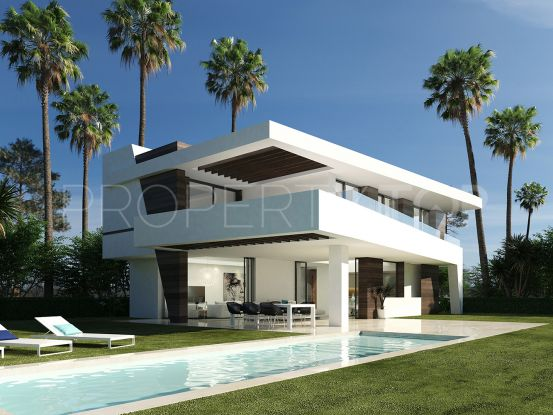 For sale 4 bedrooms villa in La Resina Golf, Estepona | Inmobiliaria Luz