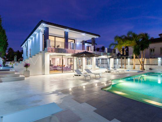 Villa with 5 bedrooms for sale in Los Monteros Playa, Marbella East | Terra Realty