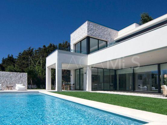 Villa in Guadalmina Baja with 4 bedrooms | Amrein Fischer