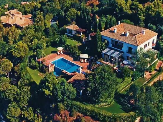 Comprar villa en La Zagaleta de 6 dormitorios | Amrein Fischer