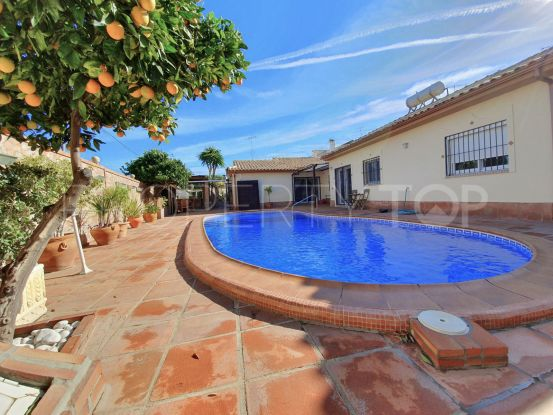 Villa for sale in Alhaurin de la Torre | Escanda Properties