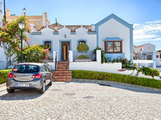 For sale town house in Monte Mayor with 3 bedrooms | Escanda Properties