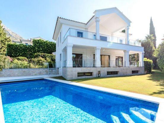 Villa for sale in Cascada de Camojan with 5 bedrooms | Escanda Properties
