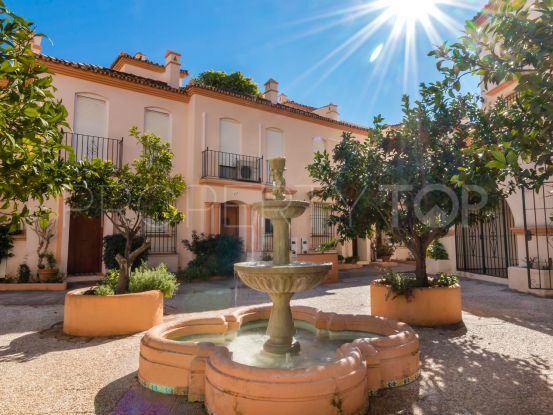 3 bedrooms town house in Estepona Puerto for sale | Future Homes