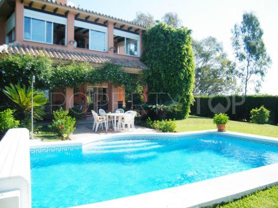Villa con 3 dormitorios en venta en Monte Biarritz, Estepona | Gabriela Recalde Marbella Properties