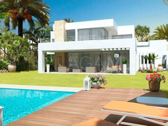 Villa for sale in Atalaya, Estepona | Marbella Banús