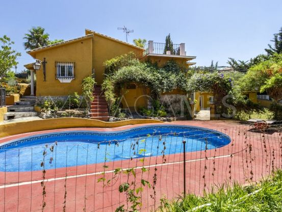 Buy villa with 4 bedrooms in Marbella | Marbella Banús