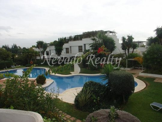 Apartment for sale in Coto Real, Marbella Golden Mile