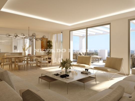 Brand new! Ample luxury penthouse for sale with amazing panoramic views in Nueva Andalucía