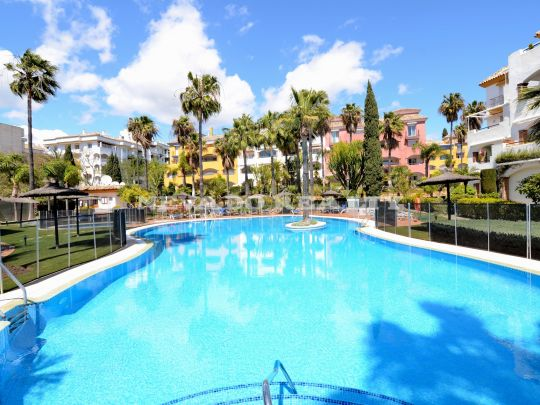 Cozy apartment with solarium in the heart of the Marbella Golden Mile
