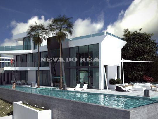 Villa with original design for sale in a golf complex