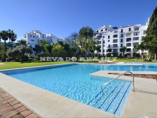 Apartment for sale in the heart of Puerto Banus
