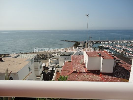 Newly refurbished penthouse for long term rent in Marbella Centro
