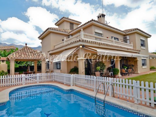 Detached villa in Marbella city centre