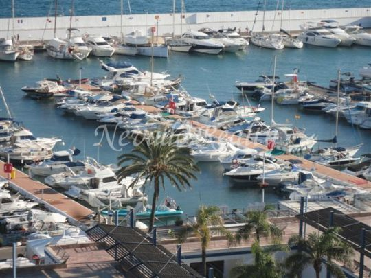Nice apartment over the Port of Marbella